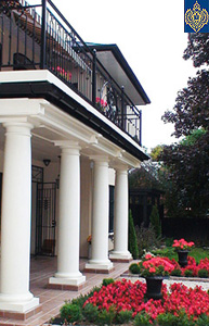 click for tuscan columns